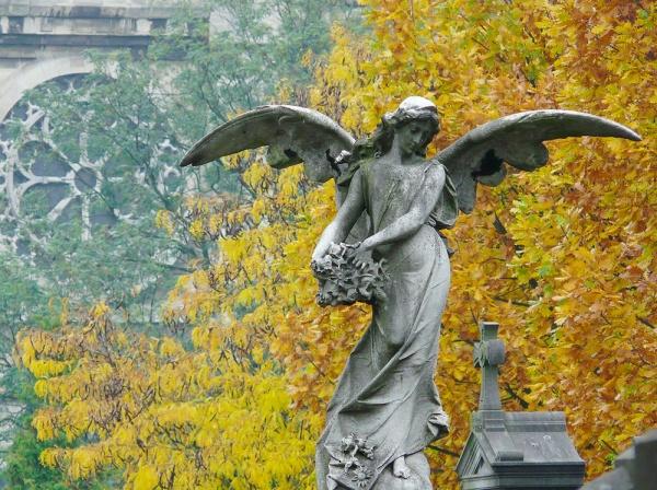В пять раз расширен перечень кладбищ Москвы под родовые захоронения