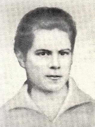 Захоронена у Кремлевской стены — Ольга Вевер