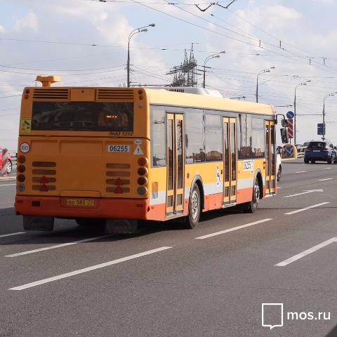 График автобусов до городских кладбищ изменится с апреля 2016 в Москве